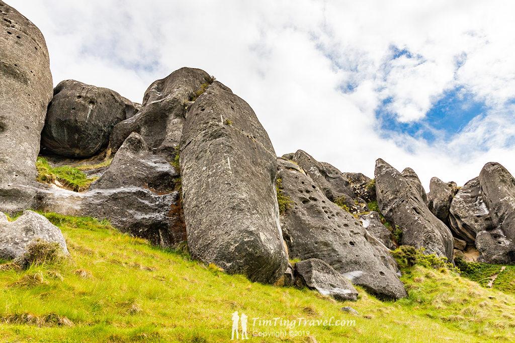 Castle Hill 巨石的成因