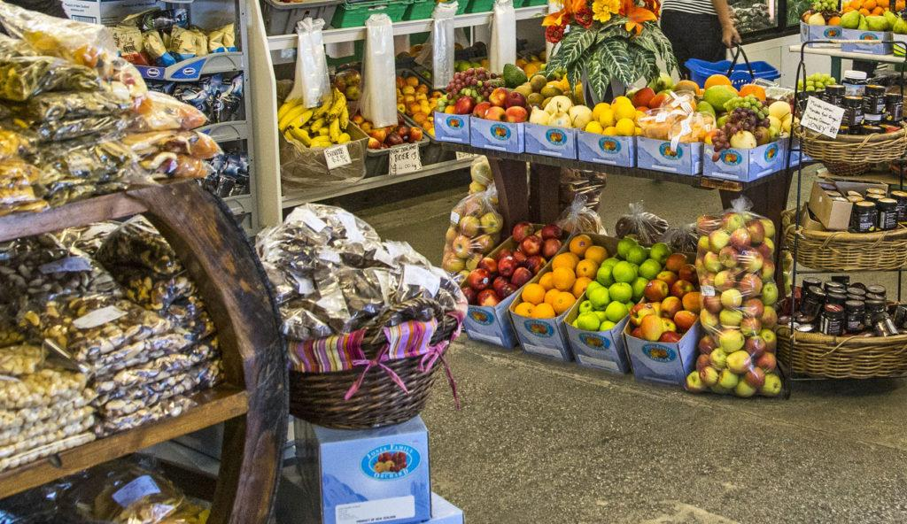 Mrs Jones Fruit Stall (瓊斯太太的水果攤):內部水果攤