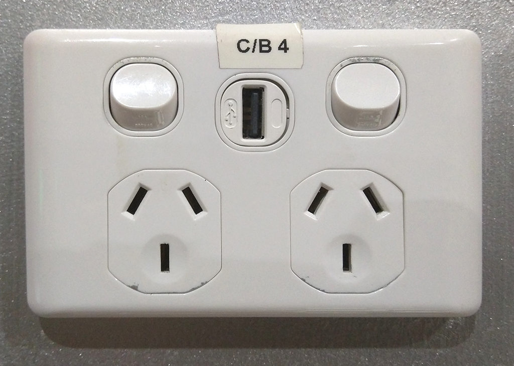 紐西蘭前行準備#10 - 電壓 & 插座