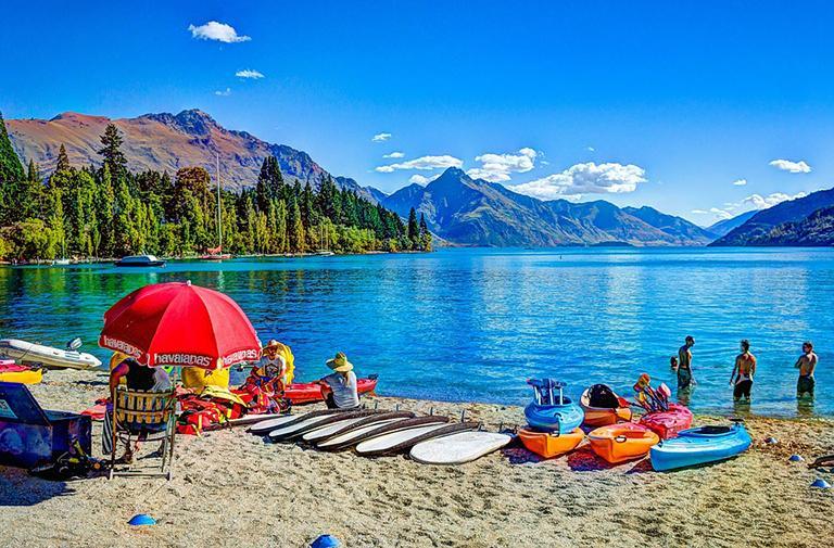 皇后鎮 必遊景點#4:Lake Wakatipu (瓦卡蒂普湖)