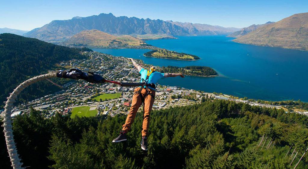 皇后鎮 必遊景點#8-3:Ledge (山頂峭壁) - 風景最美的高空彈跳