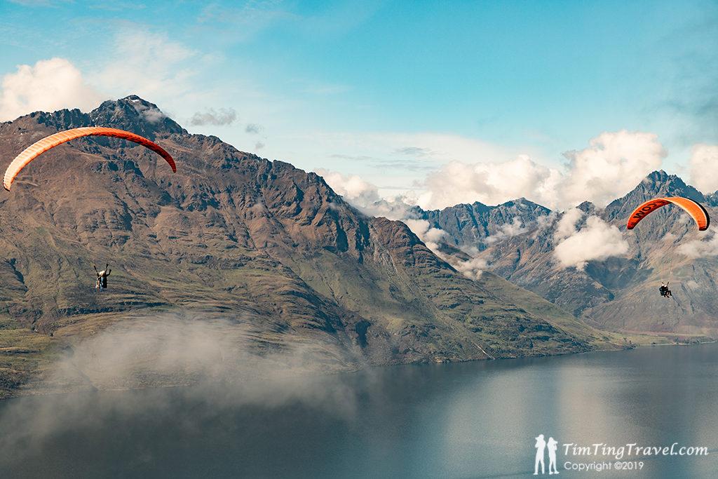 皇后鎮 必遊景點#10:Paragliding (滑翔傘)