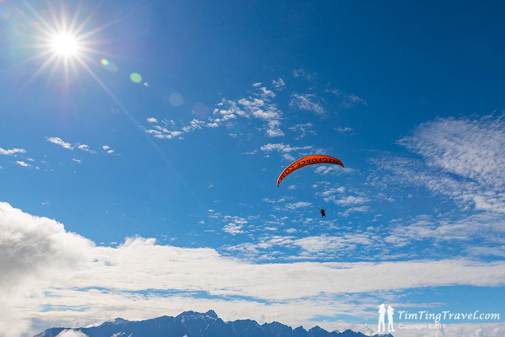 翱翔於天際的 G Force Paragliding
