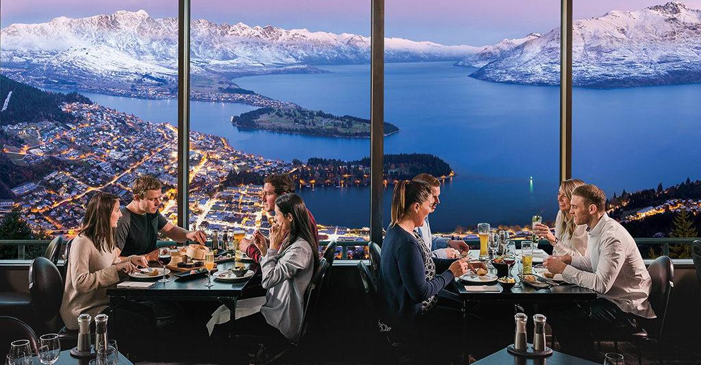 Skyline 景點3 - Stratosfare Restaurant (餐廳)