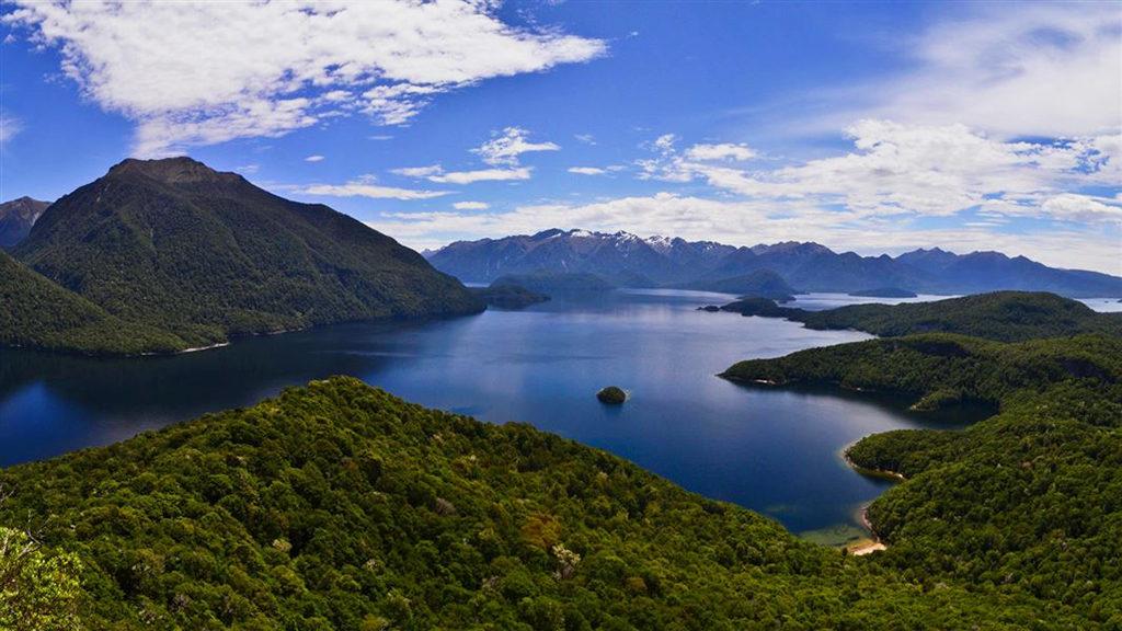 Te Anau 必遊景點#4 - Lake Manapouri (馬納普里湖)