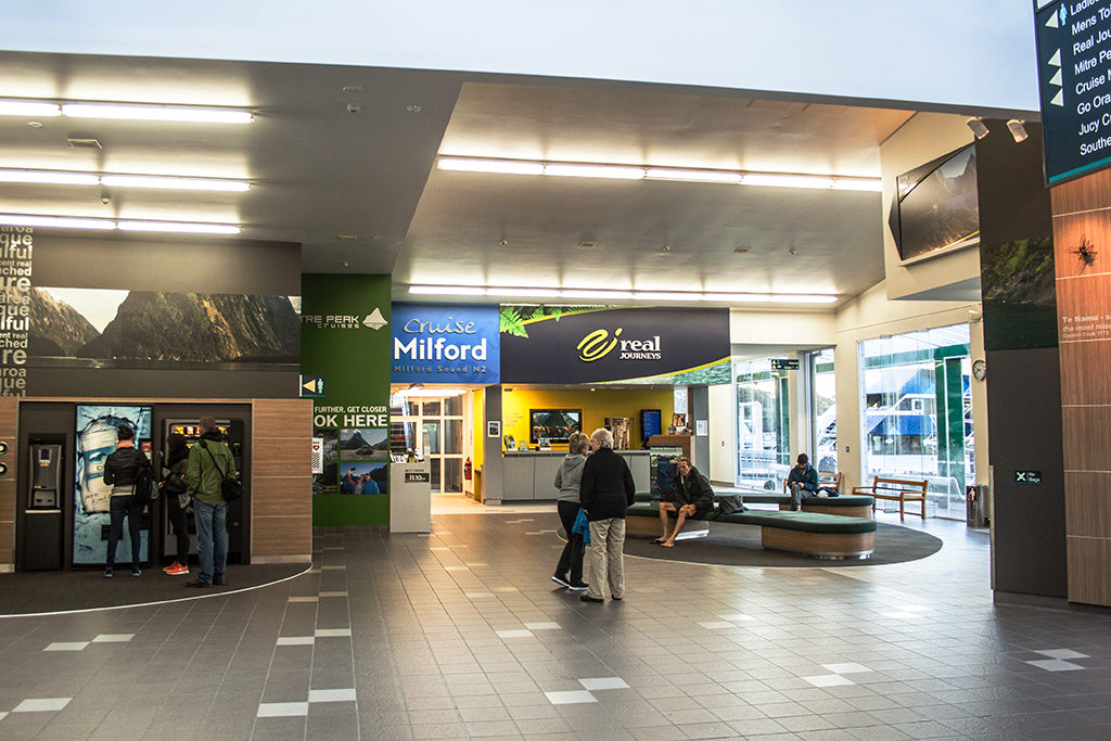 Milford Sound 必遊景點 #2-2 Milford Sound Visitor Terminal (遊輪碼頭)