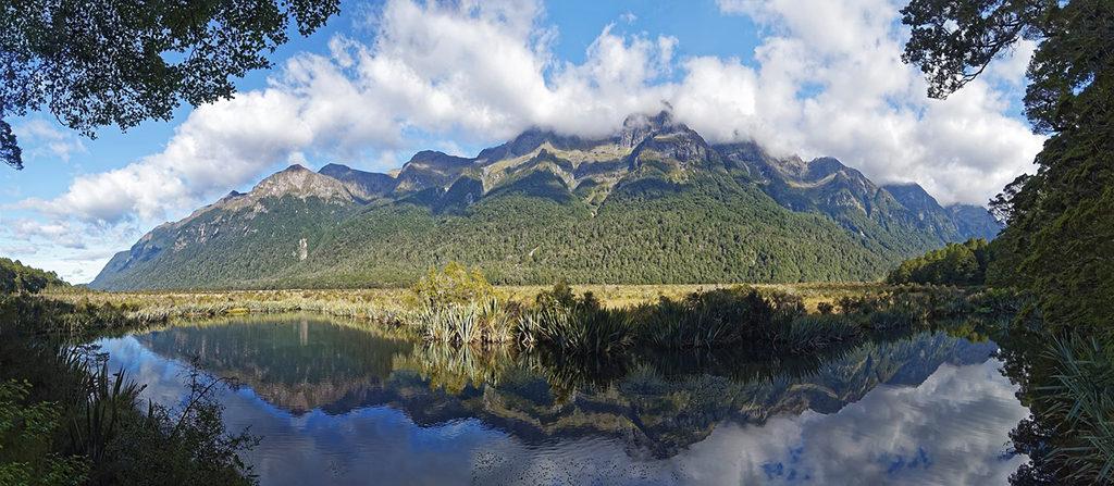 Te Anau 到 Milford Sound 沿途景點 #2 - Mirror Lakes (鏡湖)