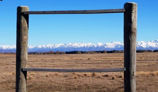 無限開闊的地形和視野,可以毫無遮蔽的望向南阿爾卑斯山的壯麗景色