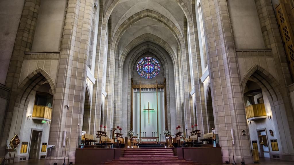 Holy Trinity Cathedral (聖三一大教堂) 教堂內部