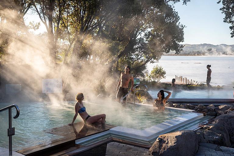 羅托魯瓦 Rotorua 必遊景點 #4 - Polynesian Spa (波利尼西亞溫泉浴場)