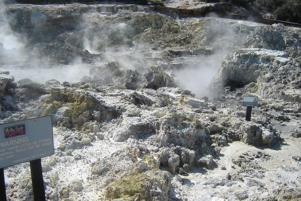 Hell's Gate Geothermal Park (地獄之門地熱公園) 地熱池