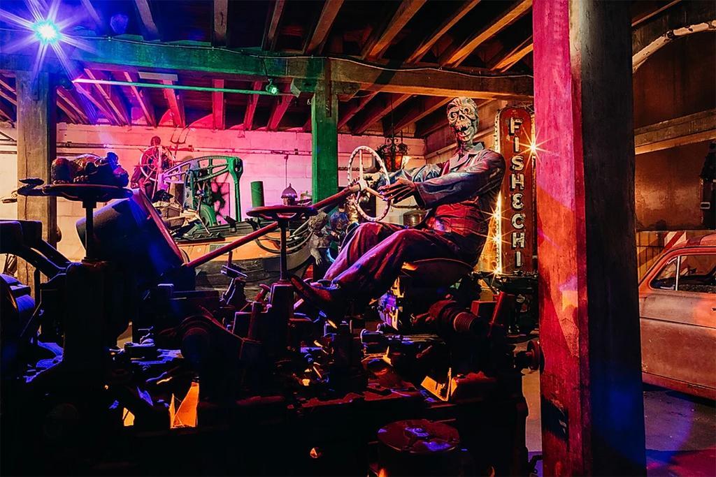 Steampunk HQ (蒸汽朋克總部) 博物館內部展覽