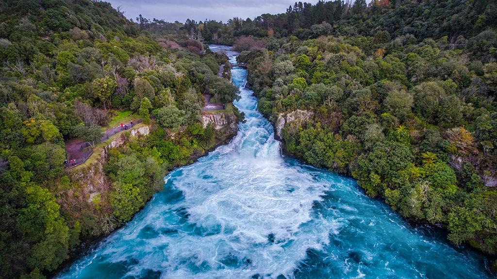 Taupo 景點 #1 - Huka Falls (胡卡瀑布)