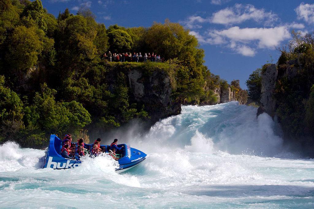 Huka Falls (胡卡瀑布) 景點#3 - Hukafalls Jet (噴射快艇)
