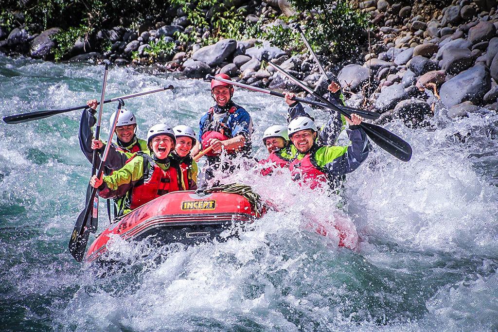 Tongariro National Park (湯加里羅國家公園) 5大必遊景點#3 - Tongariro River Rafting (湯加里羅泛舟體驗)