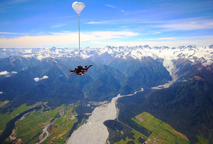 Franz Josef & Fox Glacier - Skydive Franz: 紐西蘭最高跳傘場