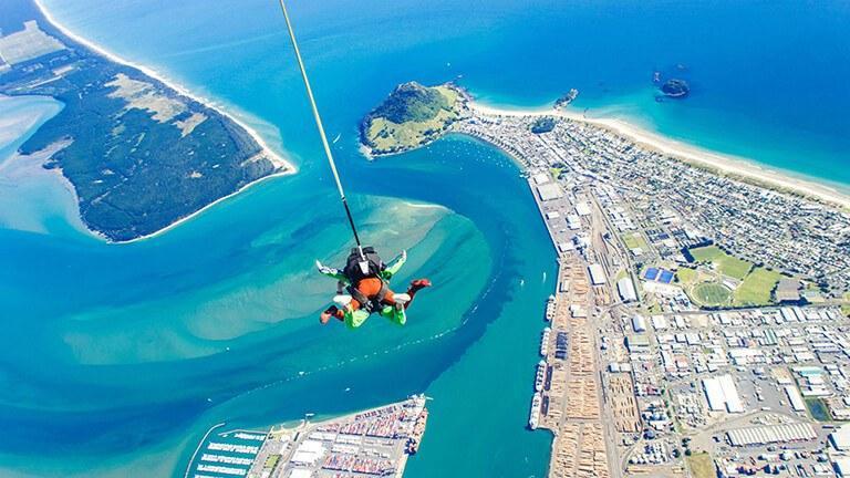 Tauranga - Skydive Tauranga: 北島最美麗的海岸線